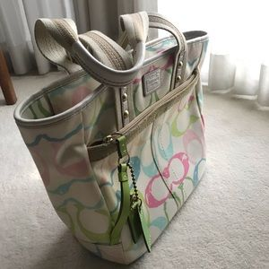 Large White Coach Shoulder bag w multicolor logo